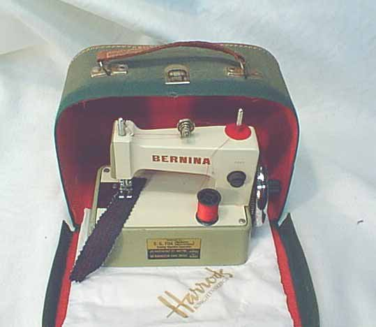 BERNINA SEWING MACHINE SEWALOT Inspiration Bernina Sewing Machine Model History