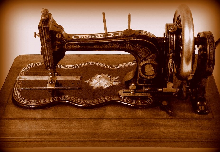 BRADBURY SEWING MACHINES Impressive Sewing Machine Wellington