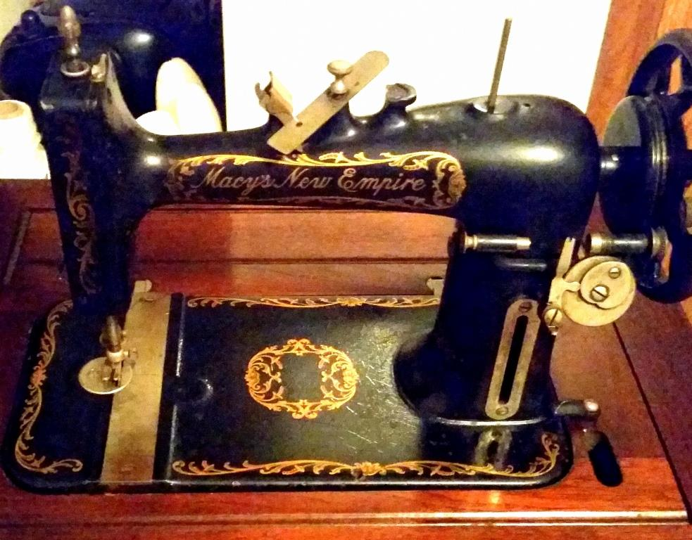 FOLEY WILLIAMS GOODRICH SEWING MACHINES SEWALOT New Davis Sewing Machine Models